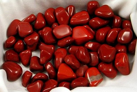 Tumbled Red Jasper :: Image is of piece for sale.