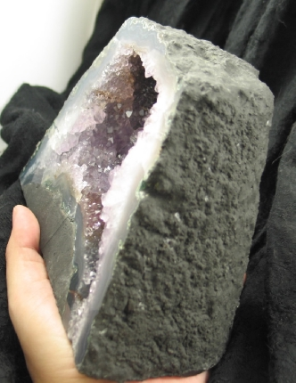 Small Amethyst Geode :: Image is of piece for sale.