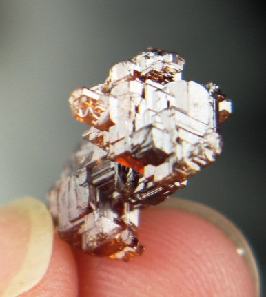 Orange Red Etched Spessartine Garnet :: Image is of piece for sale.