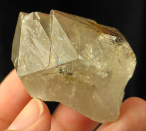 Hematite Rutile Star in Quartz Castle :: Image is of piece for sale.