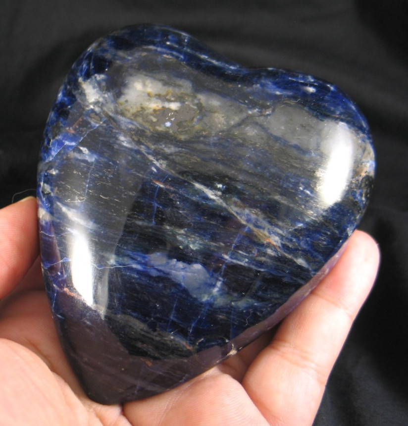 Midnight Blue Sodalite Heart :: Image is of piece for sale.