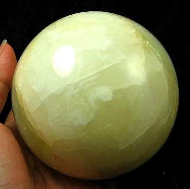 Large White Onyx Sphere :: Image is of piece for sale.